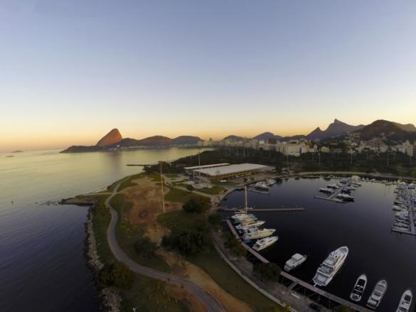 Resultado de imagem para torcida brasil marina da gloria