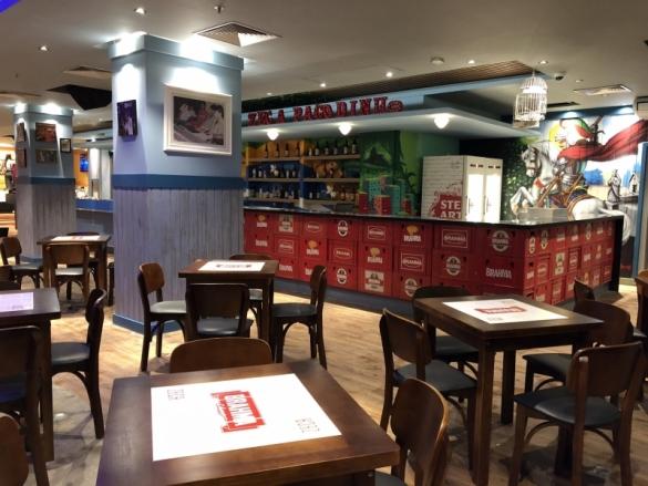Bar do Zeca Pagodinho inaugura na Barra - Bares - Rio de Janeiro - Boa  Diversão - Boa Diversão - (Notícia) 9b295819074f2